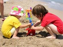 Kids on beach. Image: Marcin Chady on Flickr